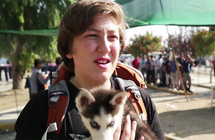 dlouhá cesta cestování se psem štěnětem štěně do řecka ze sýrie1
