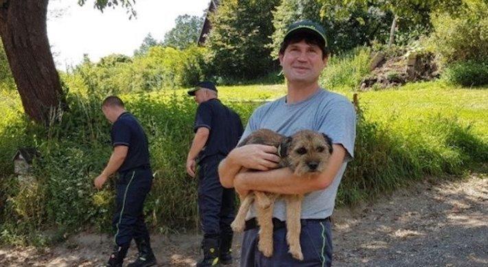hasiči riskují život pro záchranu psa psů obrázky video fotoalbum 1